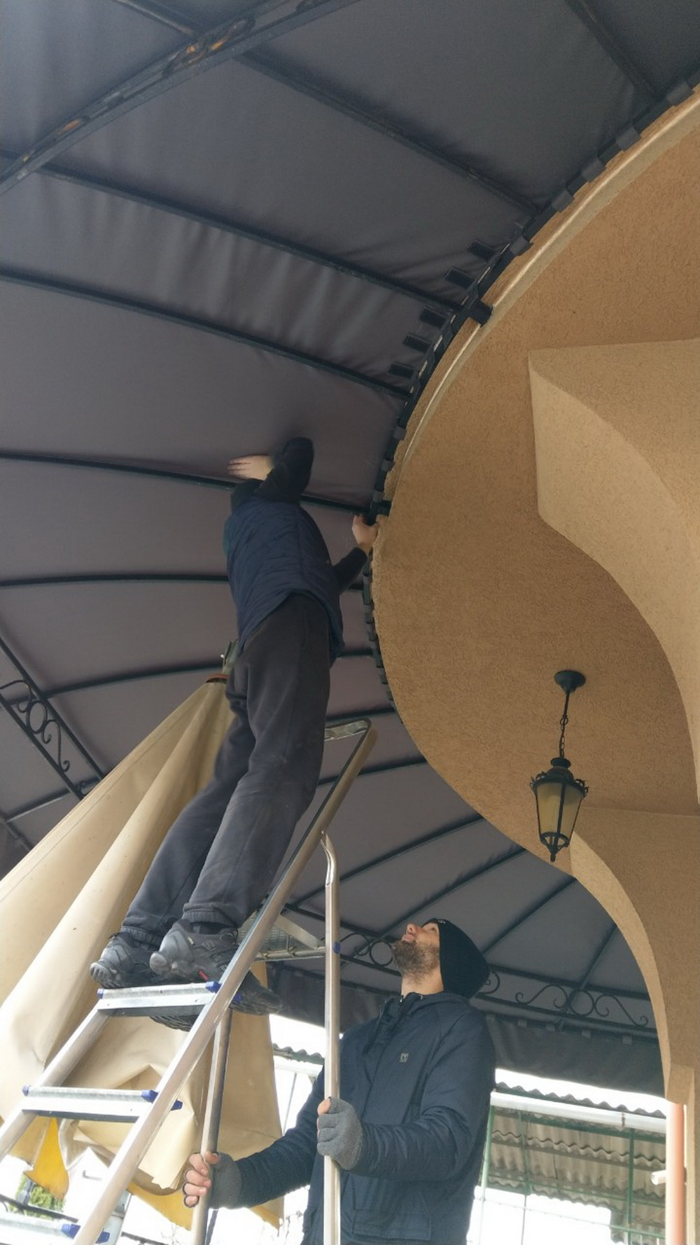 Тент для крыши балкона частного дома - ткань Навигатор