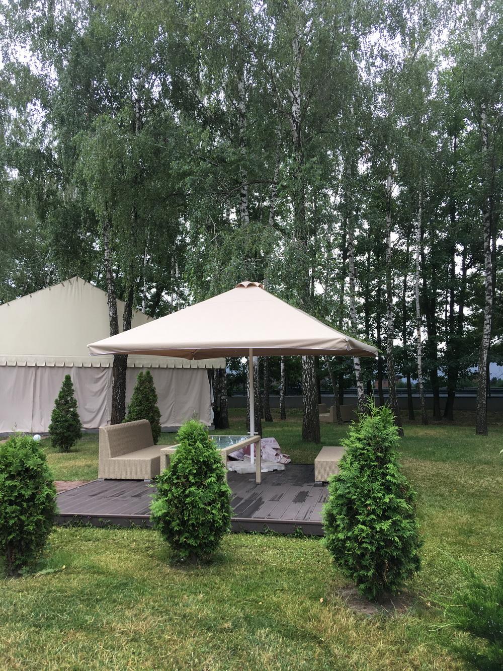 Зонт для летней площадки